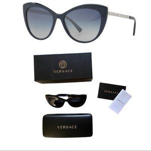 NIB Versace Medusa Cat Eye Sunglasses